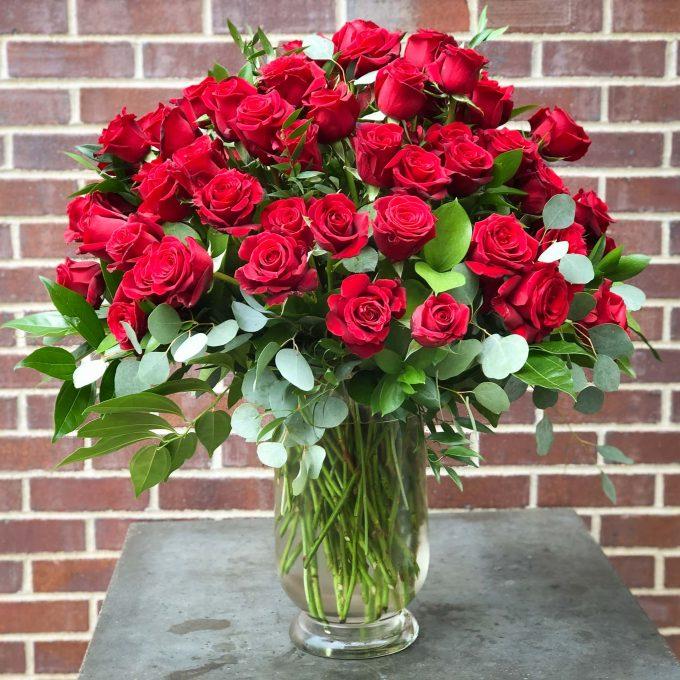 Signature Dozen Red Roses